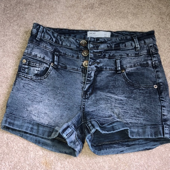 Cotton On Pants - Shorts high wasted